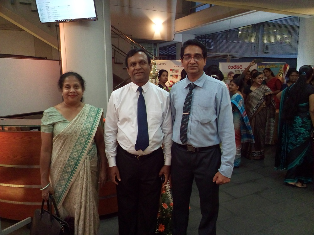 Dr Wimal Karandagoda ( center)- Director Lanka Hospitals LTD,Dr L Kumarathilake( Left) -former Director MRI, Dr Sanath Thubellage ( Right) Medical Officer Health Informatics